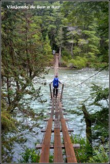 Puente colgante tenebroso