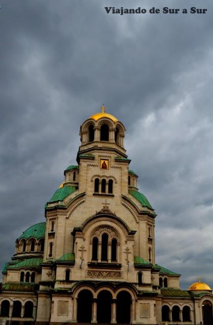 Catedral Alejandro Nevski – Seguramente queres saber que prócer búlgaro es Nevski.  En la próxima foto…