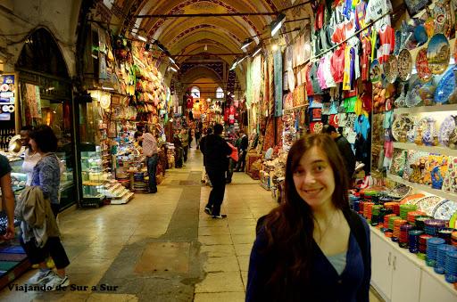 Una Flor en el Gran Bazar