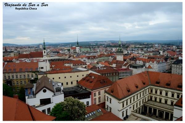 Panorámica de Brno desde la torre de la Catedral