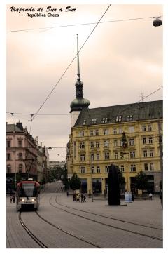 Vista de una típica calle en Brno