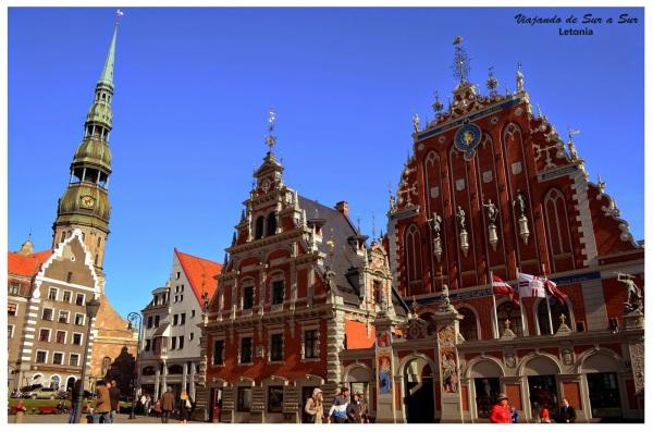 En centro de Riga, bonitas construcciones.