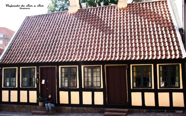 Flor en la casa donde nació Christian Andersen