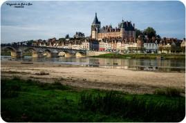 El castillo de Gien y el rio Loira